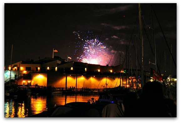 xfireworks-over-sf-bay.jpg.pagespeed.ic.m26vpj43Iq
